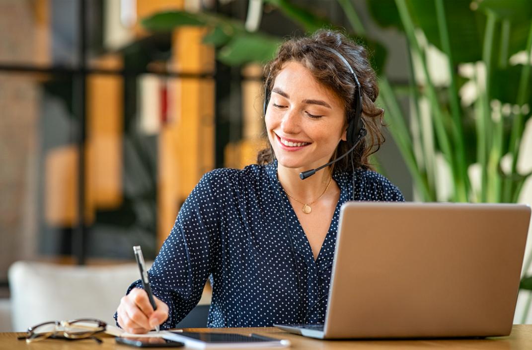 Wat is een online CRM?